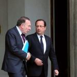 """Les 2 présidents des patrons. François Hollande raccompagnant le président du Medef après une """"petite discussion"""" à l'Elysée:"""