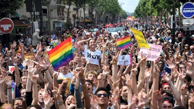 Défilé Gay Pride Paris