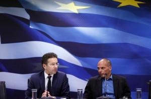 Syriza recule sous les menaces de la Troïka