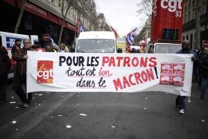 Contre la loi Macron: rassemblement devant le sénat jeudi 19 mars