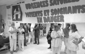 Personnels des urgences d'Orléans en grève en mars dernier