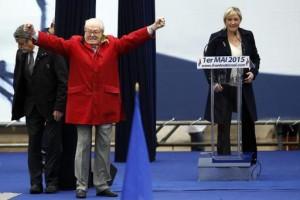 Clash chez les Le Pen – que se passe-t-il au FN?