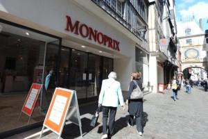 Grève à Monoprix Rouen
