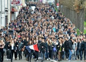 manifestation-de-lyceens-au-mans-le-16-novembre-2015