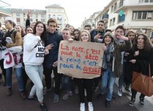 lycéens rouen manif anti fn111215
