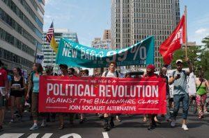 Protestations à Philadelphie. « Il nous faut un parti des 99% – Il nous faut une révolution politique contre la classe des milliardaires ». Banderoles de Socialist Alternative.