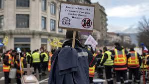 Manifestation de pompiers dans la Drôme à Valence