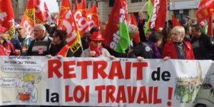 le-cortege-au-depart-du-quartier-antigone_1849475_667x333