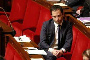 778614-french-socialist-party-deputy-benoit-hamon-attends-a-debate-and-a-vote-on-palestine-status-at-the-na