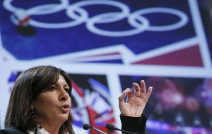 """Paris city mayor Anne Hidalgo delivers a speech during the presentation of the feasibility study for a potential bid for the 2024 Olympic and Paralympic Games in Paris, at the Paris city hall, February 12, 2015. The mayor of Paris said on Tuesday the City of Lights had the """"heart"""" for a potential 2024 Olympics bid, but further reflection was needed, as she was presented with a feasibility study that put the potential cost at 6.2 billion euros. REUTERS/Gonzalo Fuentes (FRANCE - Tags: POLITICS SPORT OLYMPICS) - RTR4PB3F"""