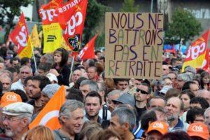 P1 198323-manifestation-sur-les-retraites-a-saint-nazaire-le-2-octobre-2010